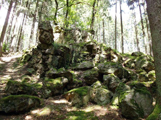 Ein weiterer Felsen