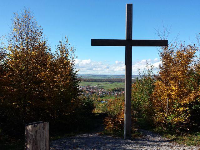 Kreuz am Friedwald Schönbuch