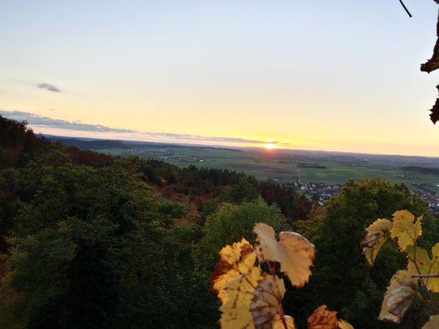 Abendrot vom Schloss Hohenentringen aus